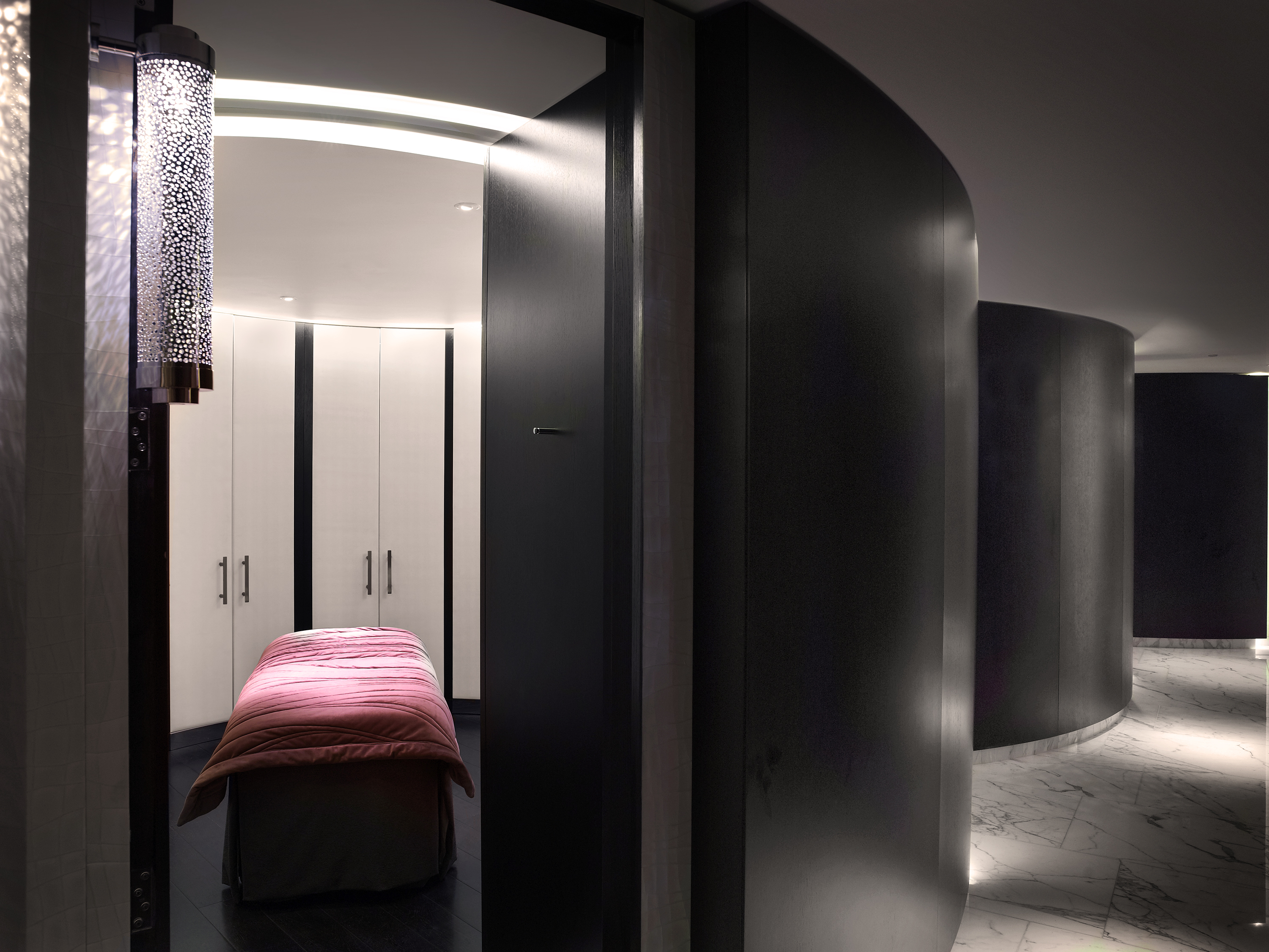 Treatment pod ESPA life at Corinthia