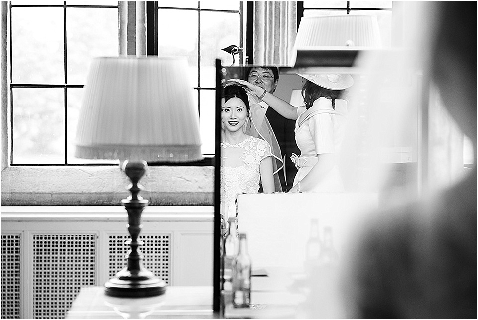 Leeds Castle Wedding | Fiona Kelly Photography | www.nubride.com_1073