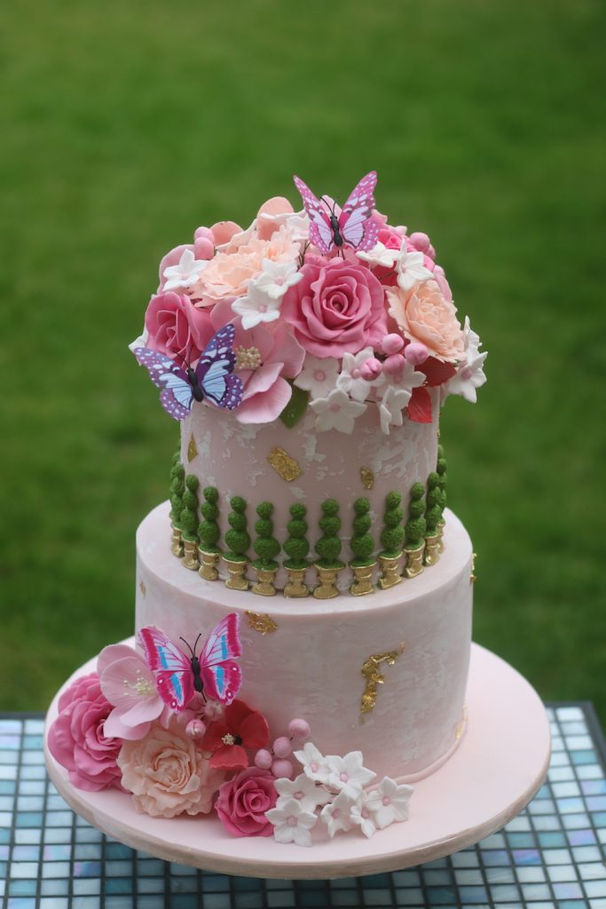 Tees bakery pink luxury wedding cake