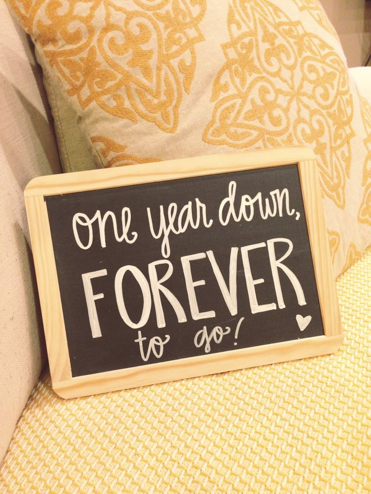 1 Year Wedding Anniversary Picture Ideas : Image source: Pinterest via Lauren Heim Weddings