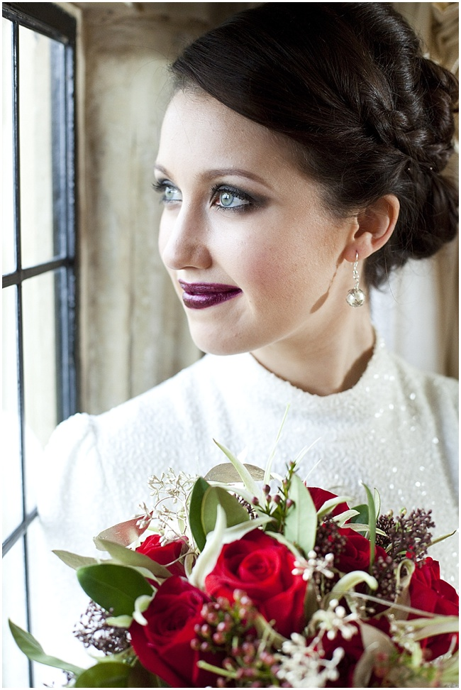 Christmas-Bridal-Shoot-Cecelina-Photography-www.nubride.com_2465.jpg