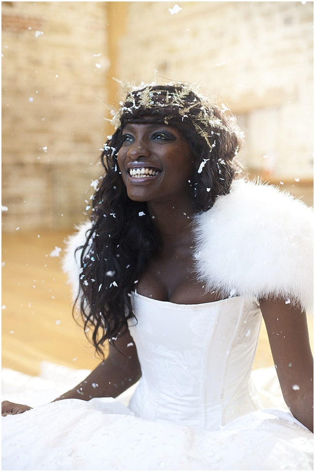 Christmas-Bridal-Shoot-Cecelina-Photography-www.nubride.com_2468.jpg