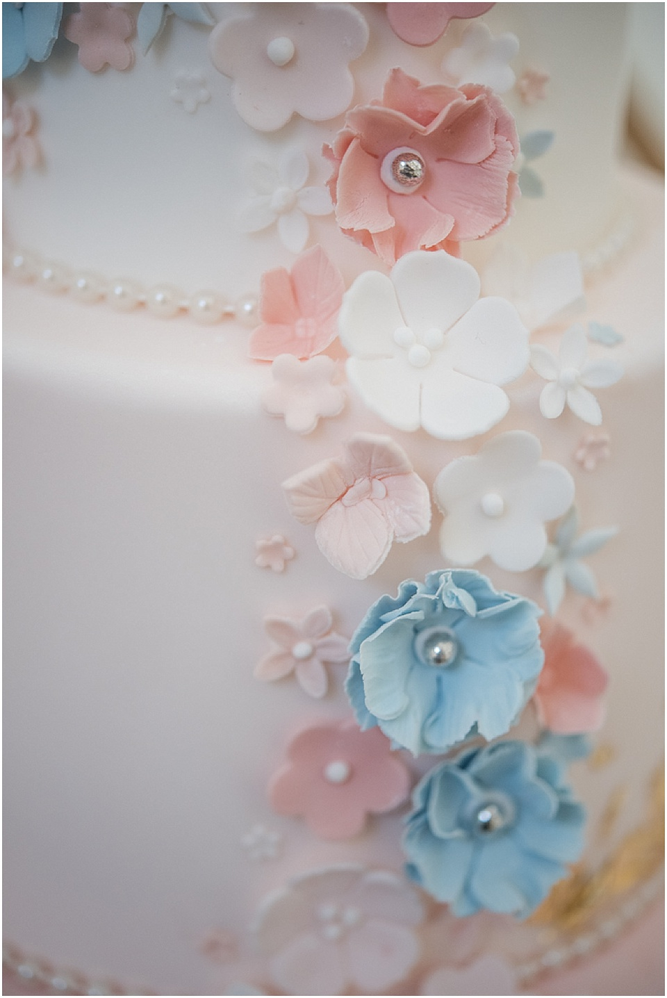 Rose-Quartz-Styled-Shoot-Jane-Beadnell-Photography-www.nubride.com_0394.jpg