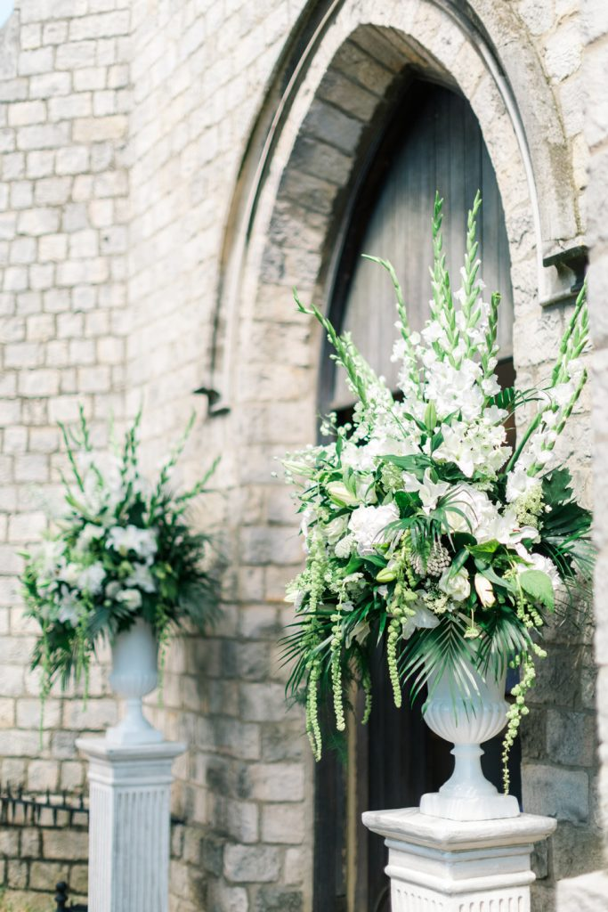 botleys-mansion-wedding-amie-bone-flowers-6