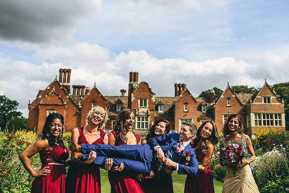 Red Navy and Gold Wedding | Langstowe Hall | Miki Photography | www.nubride.com_0525