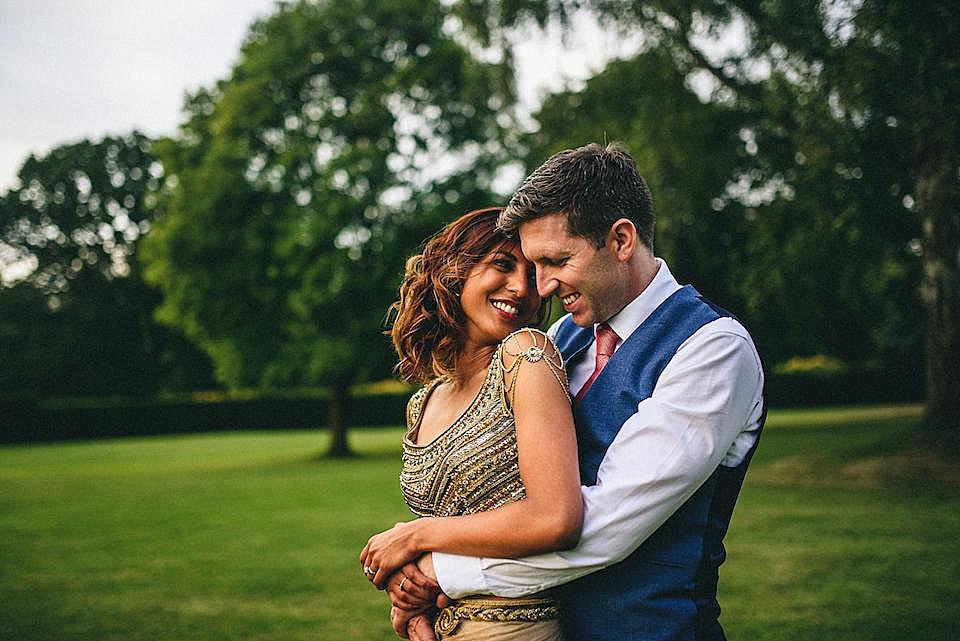 Red Navy and Gold Wedding | Langstowe Hall | Miki Photography | www.nubride.com_0557